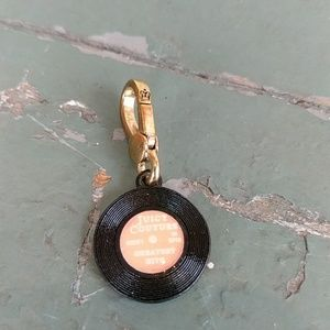 JUICY COUTURE RECORD CHARM